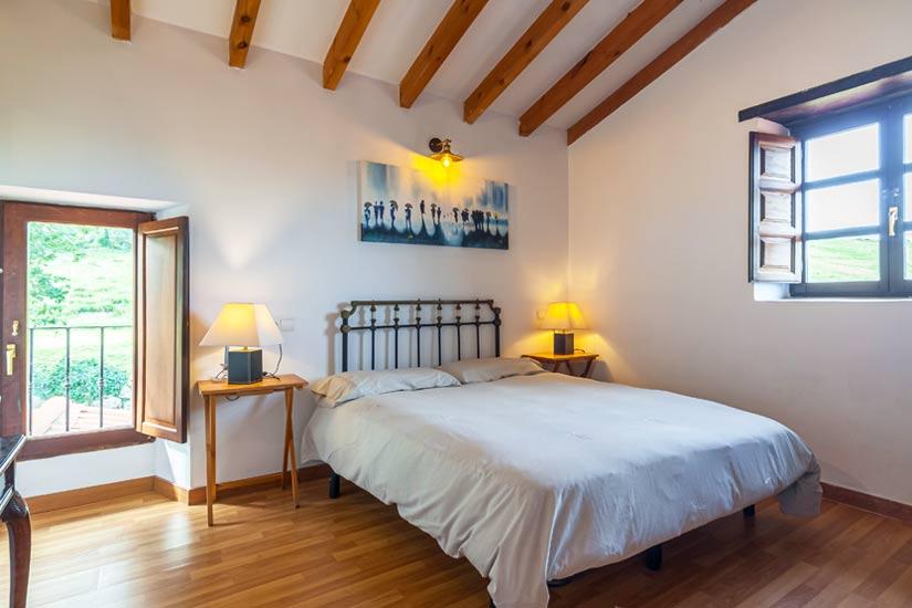 habitacion-cama-matrimonio-2-casuca-habanillas